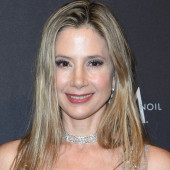 Visitor mira sorvino topless pictures