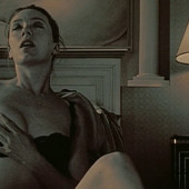 Parker nackt molly Molly Ephraim