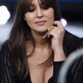 Monica Bellucci cleavage