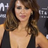Monica Cruz cleavage