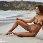 Myla Dalbesio bikini