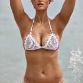 Myla Dalbesio body
