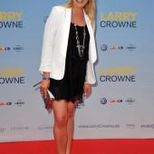 Nadine Krueger beine
