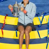 Naomi Osaka upskirt