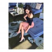 Naomi Scott feet