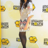 Naomi Scott pantyhose