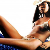 Naomie Harris nude