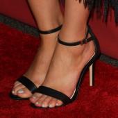 Nasim Pedrad feet