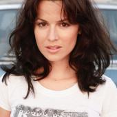Natalia Avelon sexy