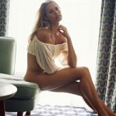 Natalie Jayne Roser leggy