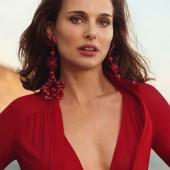 Natalie Portman dekollete