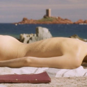 Natalie Portman nackt