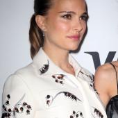 Natalie Portman sexy face