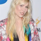 Natasha Bedingfield cleavage