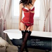 Natassia Malthe lingerie