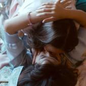 Nichole Bloom lesbian kiss