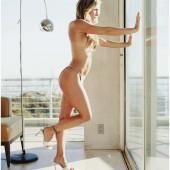 Nicole Eggert nude