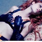 Nicole Fox topless