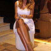 Nicole Minetti legs