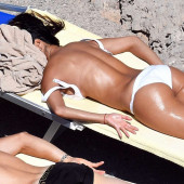 Nicole Scherzinger topless