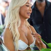 Nikita Dragun sexy