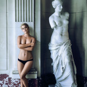 Nina Agdal sexy