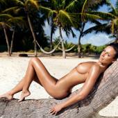 Nina Weis Nackt