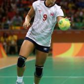 Nora Mork handball