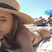 Olesya Rulin sexy selfie