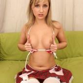 Olga Budrina topless
