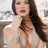 Olivia Alexander cleavage