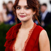 Olivia Cooke cleavage