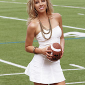 Olivia Harlan sexy