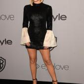 Olivia Holt legs
