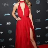 Olivia Jordan cleavage