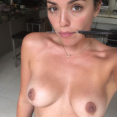 Olympia Valance private nudes
