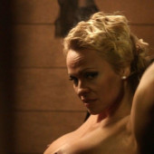 Pamela Anderson topless scene