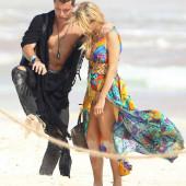 Paris Hilton oops