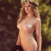 Melissa Naschenweng Sexy