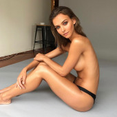 Rachel Cook topless