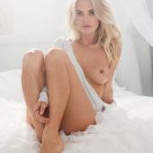 Rachel Harris nude pics