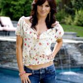 Rachele Brooke Smith jeans