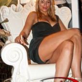 Ramona Cheorleu upskirt
