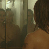 Reese Witherspoon topless scene