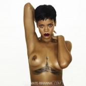 Rihanna nackt