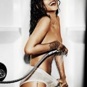 Rihanna nudes