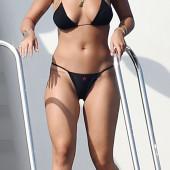 Rita Ora cameltoe