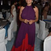 Rosario Dawson braless