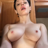 Rose McGowan leaked photos