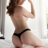 Rosie Danvers string tanga ass